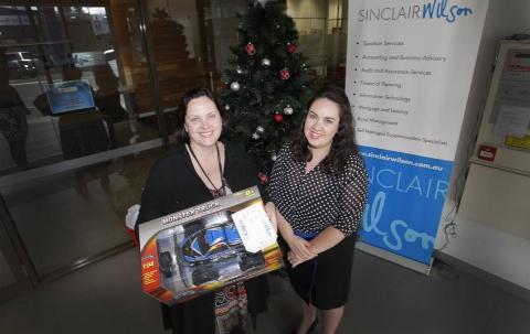 Sinclair Wilson & Lifeline South West Victoria Christmas program