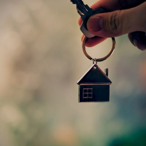 Get a Mortgage Broker to refinance your home loan
